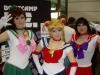 Mondstein, flieg und sieg! Alraravel, PrishyaRavel und Lillith cosplayen Sailor Moon!